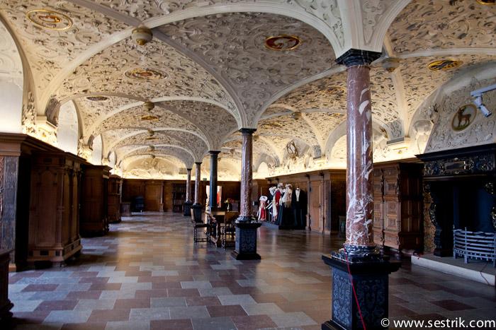 Малый Рыцарский зал
