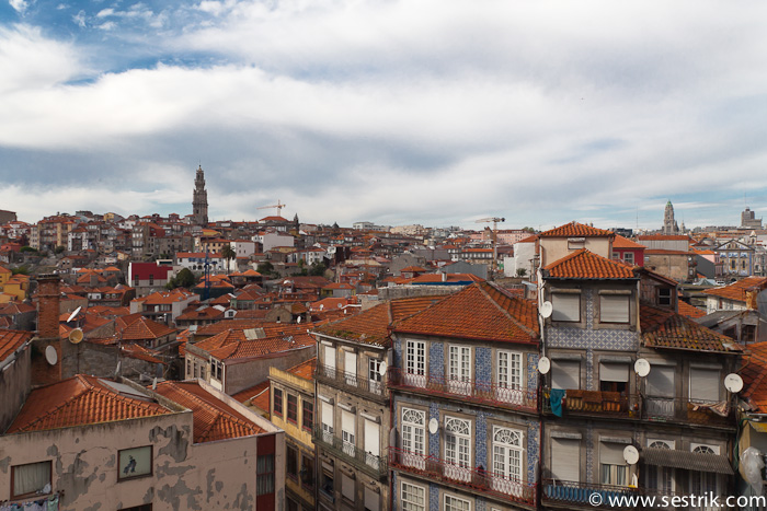 Вид крыши домов Порту