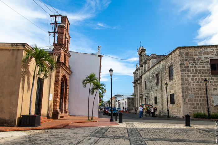 Улица Дам Санто-Доминго (Santo Domingo calle Las Dammas)