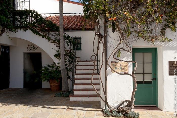 отель в в центре Санта-Барбары