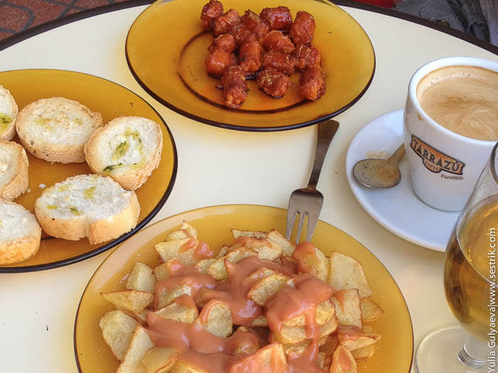 испанская закуска тапасиспанская закуска пататас брава и чоризо