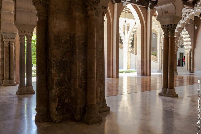 внутренний двор в арабском дворце