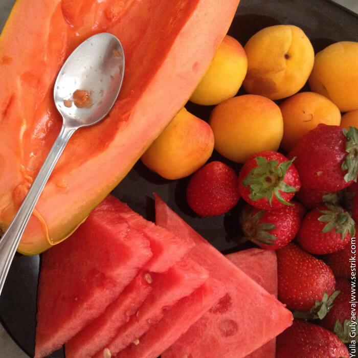 какие фрукты есть в испании