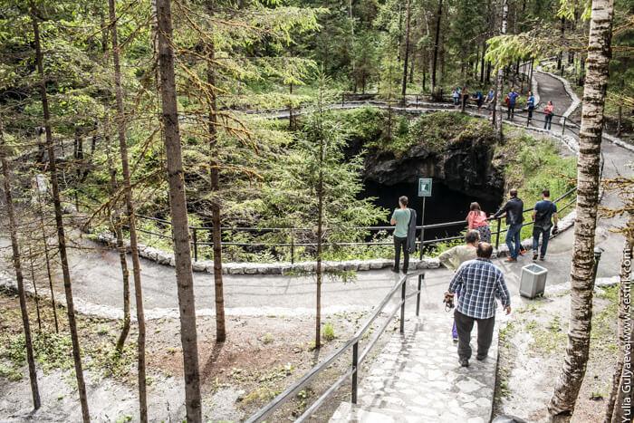 подземное озеро