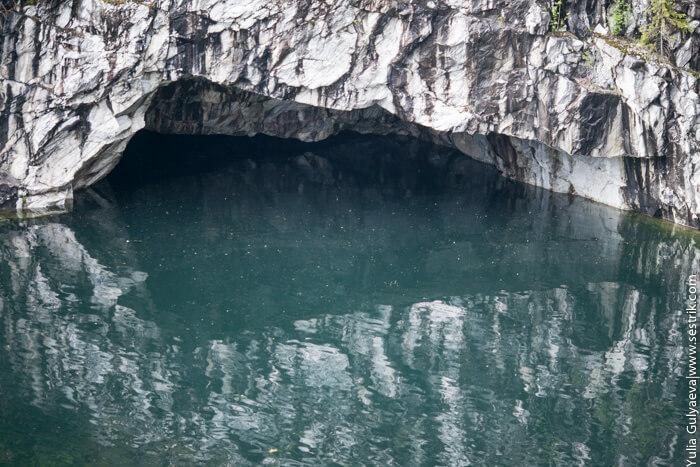 пещеры в мраморном каньоне