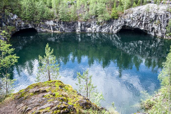 вода в мраморном каньоне
