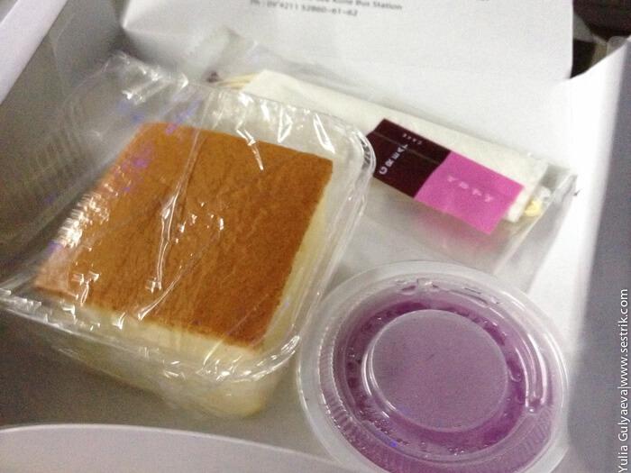 питание на борту в автобусе в бирме