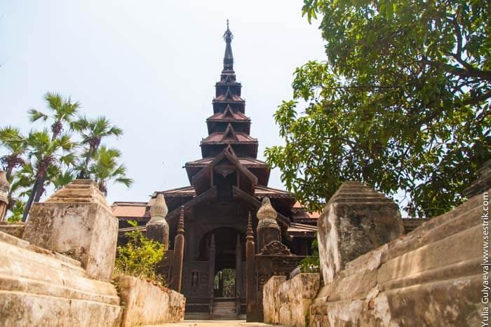 тиковый монастырь в аве в бирме