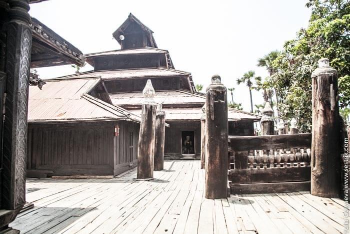 тиковый монастырь в бирме