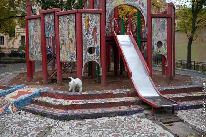 детская площадка на фонтанке