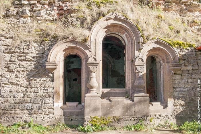 часовня внутри капорской крепости