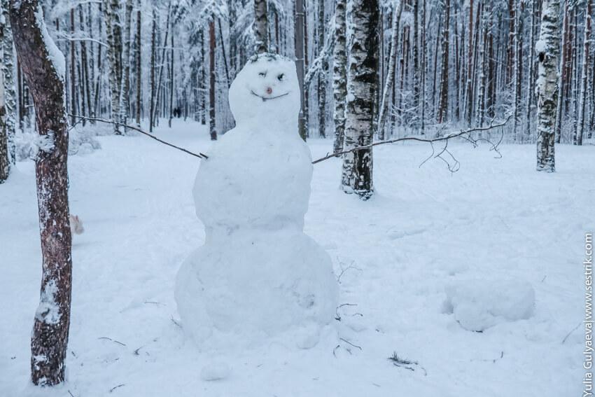 добрый снеговик