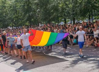 гей парад в стокгольме