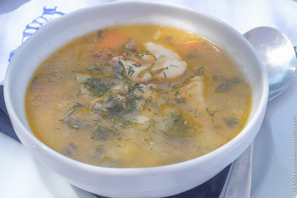 рыбный суп в Греции