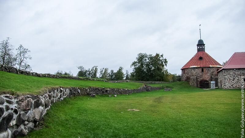 территория крепости корела