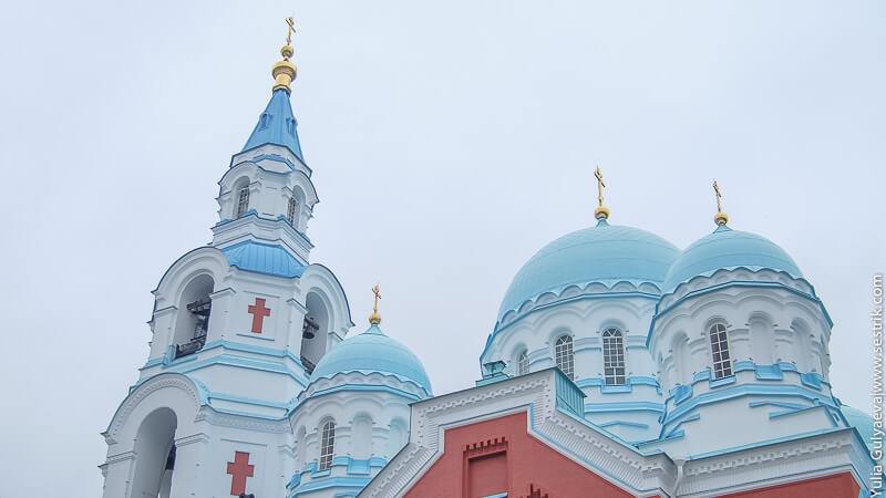 колокольня и купола спасо преображенского собора на валааме