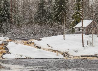 водопад ахинкоски зимой