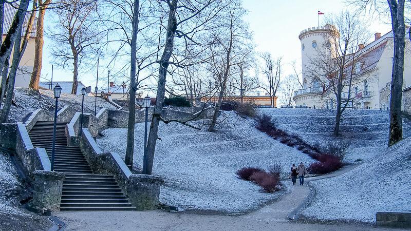 замковый парк в латвии