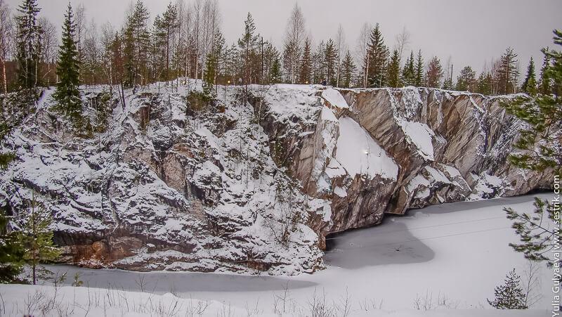 горный парк в рускеале зимой