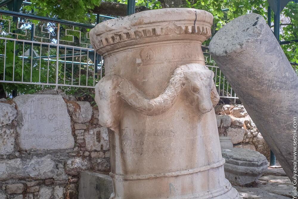 древне греческая колонна