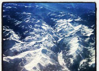 andorra-вид на горы с самолета