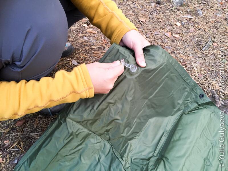 надувной коврик с подушкой