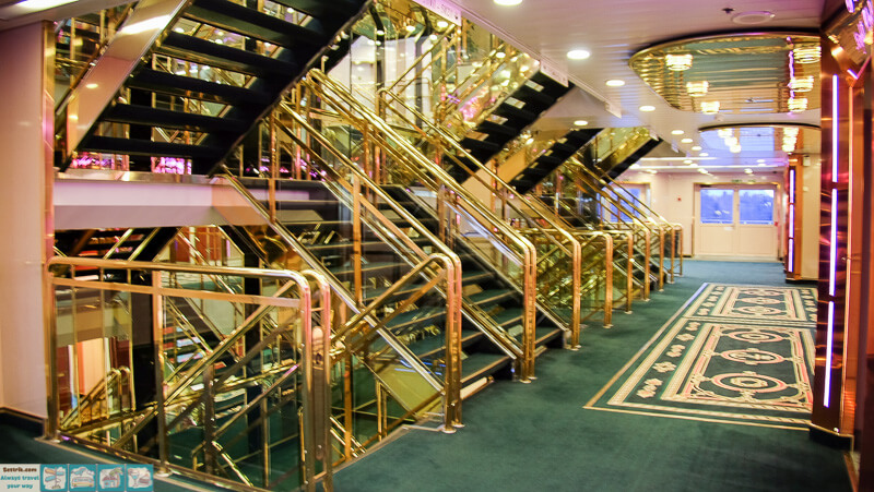 tallink-victoria-лестницы