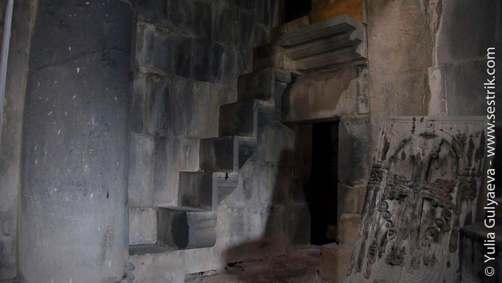 лестница ведущая в предел