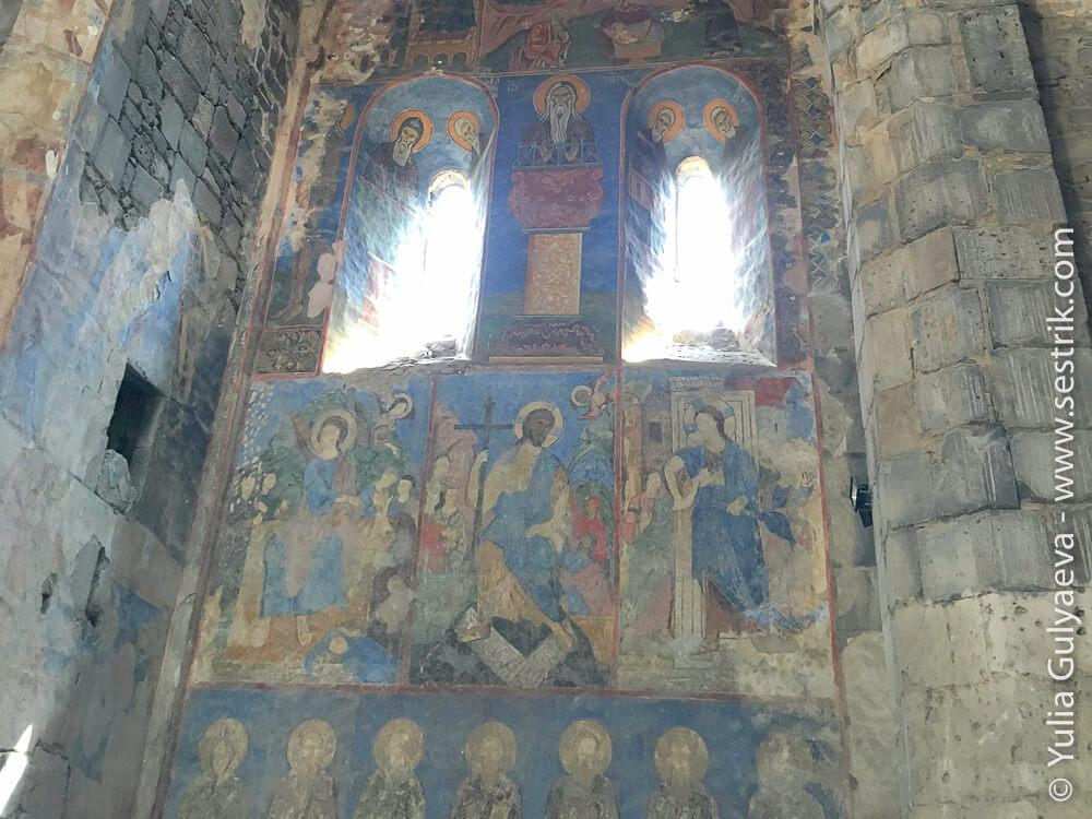 старинные фрески в ахтале