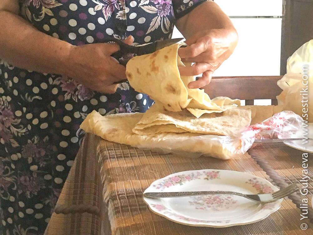 тонкий армянский лаваш