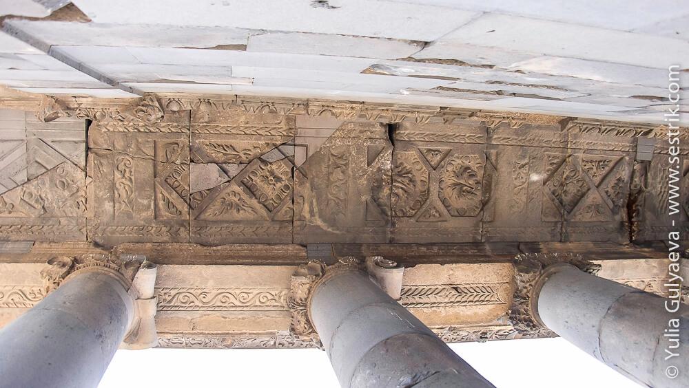 остатки от двервнего армянского языческого храма гарни