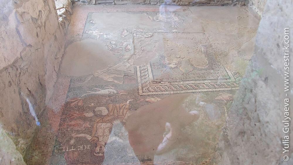 мозайка в банном комплексе в храме гарни