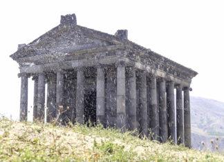 garni-храм