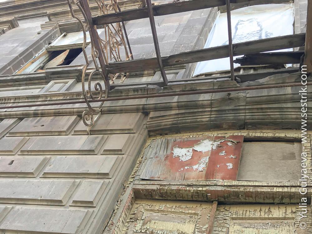 leninakan-кованый балкон