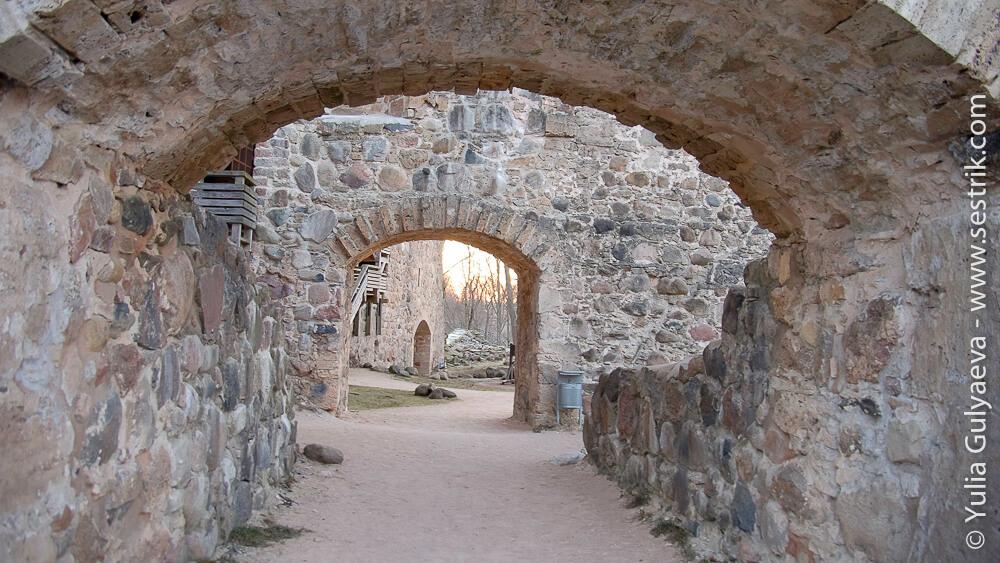 sigulda-останки старой крепости