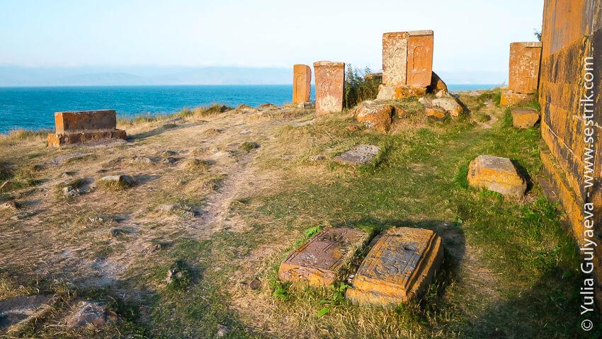 airavank-старое кладбище