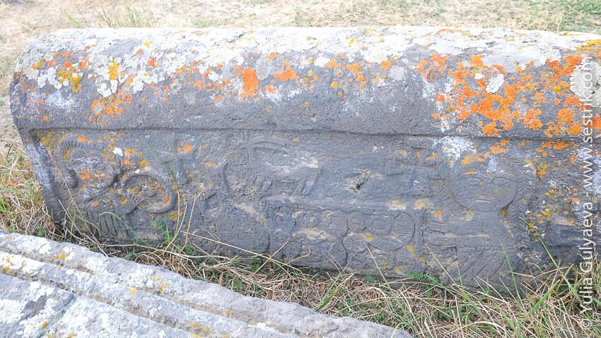 noratuz-armenia-надгробные камни колыбели