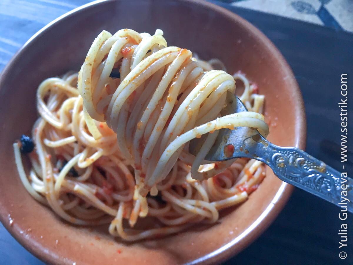 макароны с томатным соусом для похода