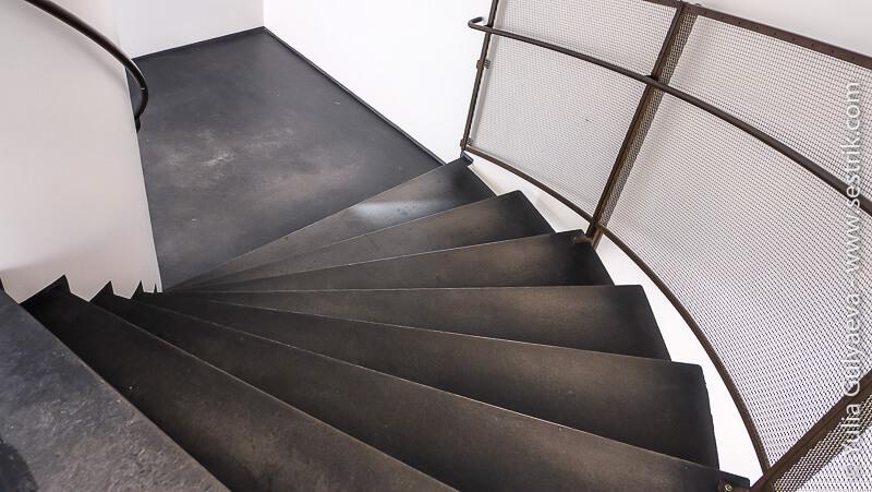 винтовая лестница в киасма
