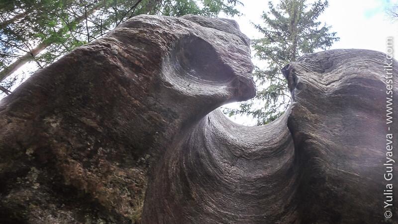 каменные глыбы в иматре