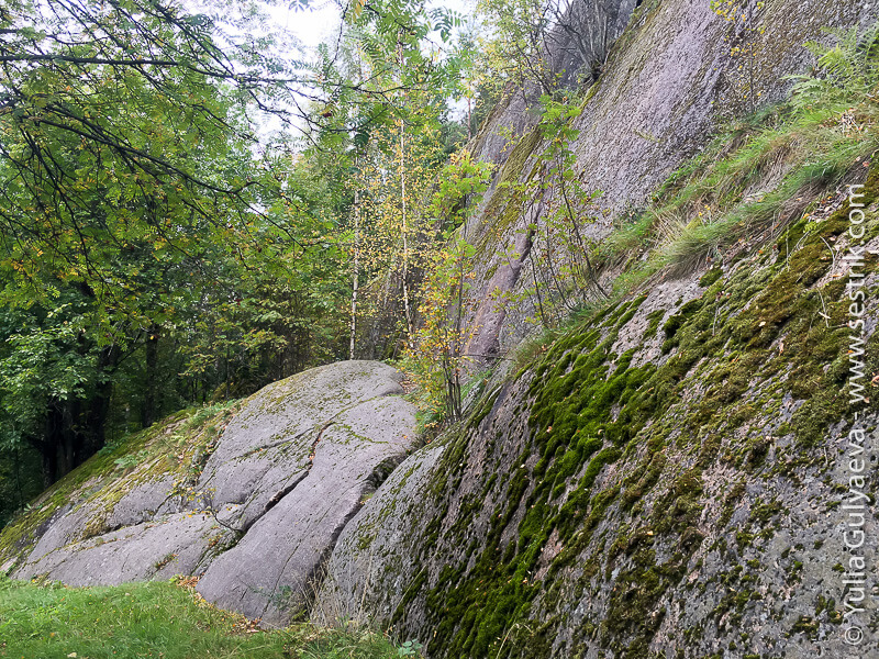 скалы в Монрепо
