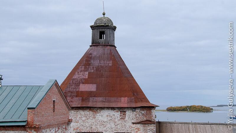 Успенская (Арсенальная) башня