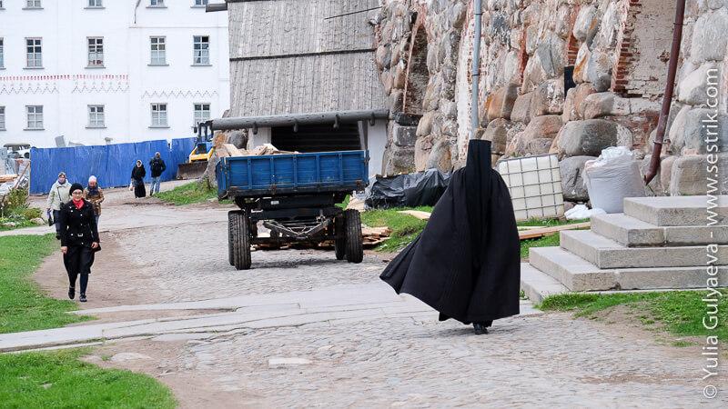 монахи соловецких сотровов