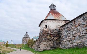 стены и башни соловецкой крепости