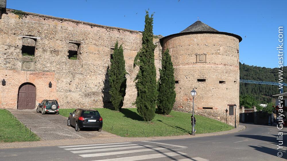 замок Вильяфранка дель Бьерзо
