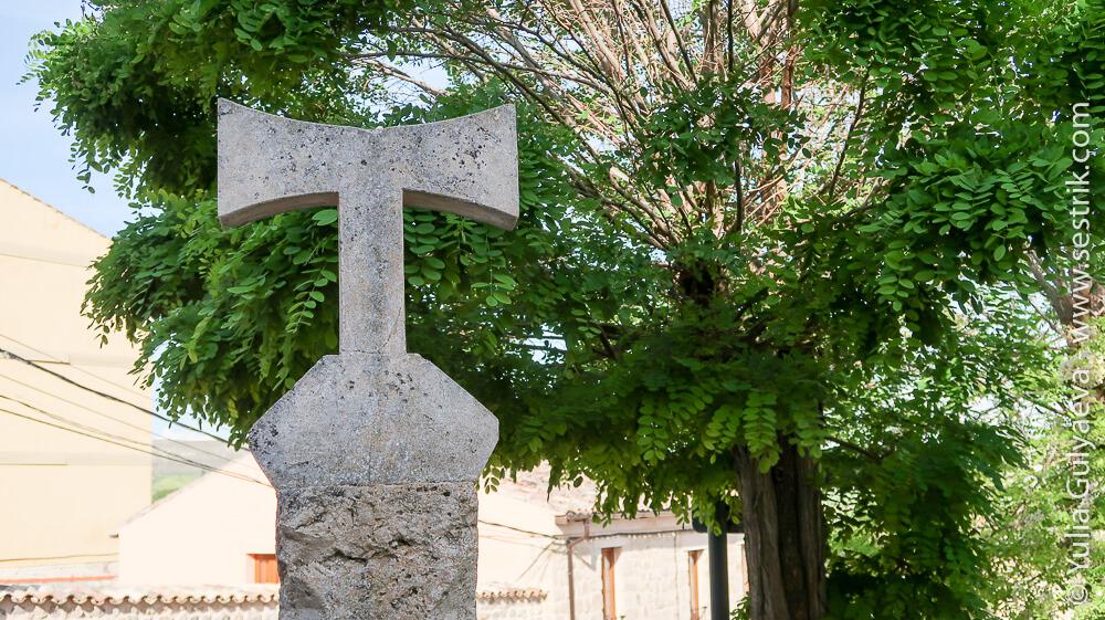 крест святого Антония