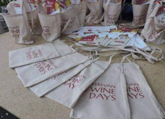 Сумки с логотипом винных дней