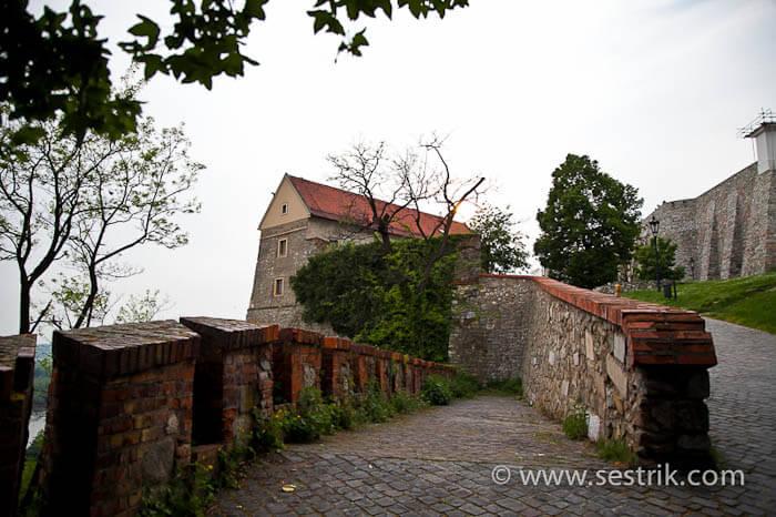 Замковый холм
