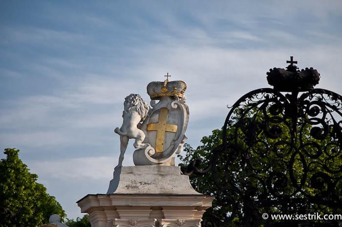 Памятники Бельведер