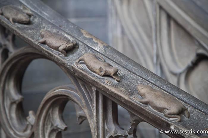 Архитектурные детали Собора Святого Штефана